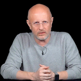 Дмитрий Пyчков